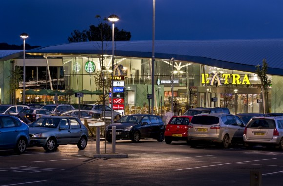 The advantages of using the motorway services